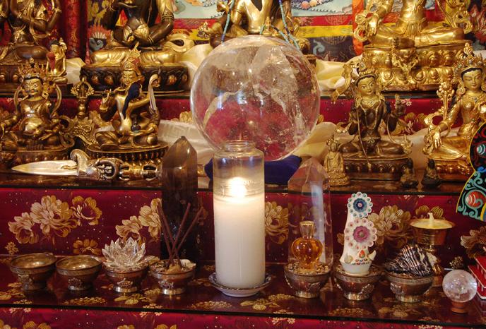 how to make a buddhist altar