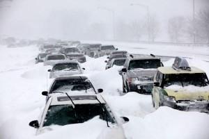 basic-automobile-winter-survival-kit-03